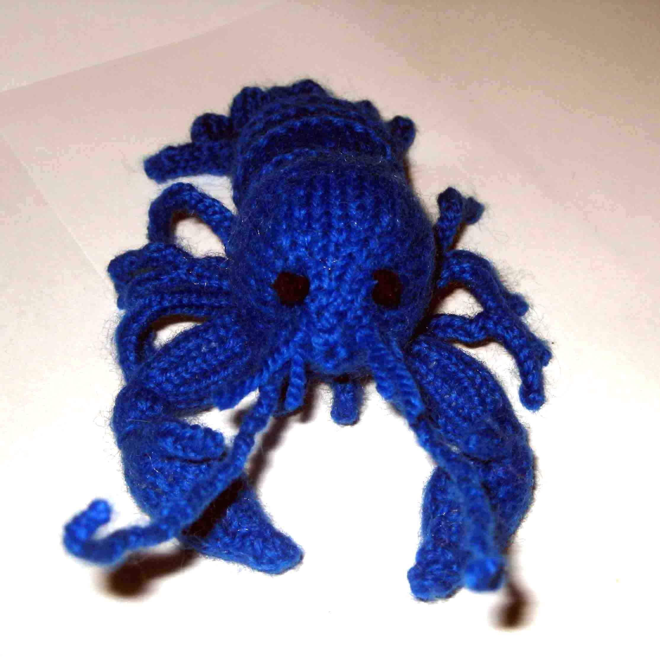 Knitting: Blue Crayfish | Random Bits of Projects
