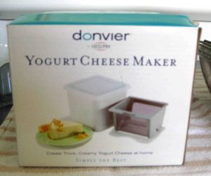 cheese drainer box english